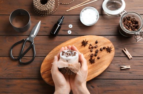 Tee ise lõhnaküünal kohvipurust